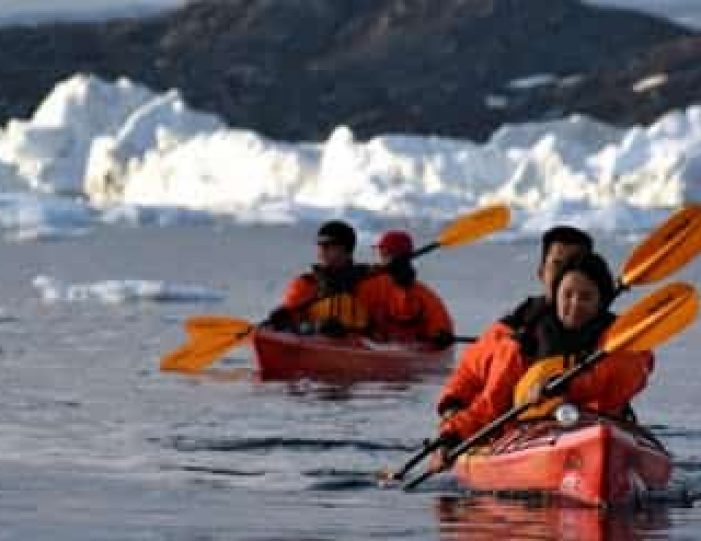 kayaking-the-ilulissat-icefjord-ilulissat-disko-bay - Guide to Greenland (7)