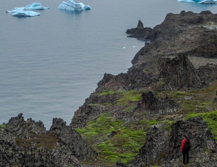 kuannit-hike-qeqertarsuaq-disko-bay - Guide to Greenland (15)