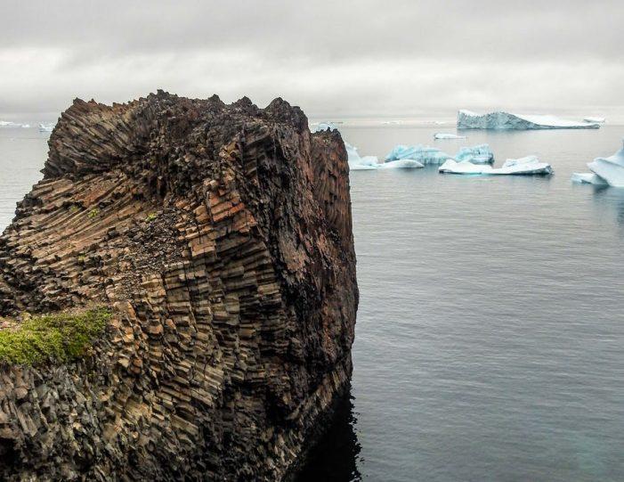 kuannit-hike-qeqertarsuaq-disko-bay - Guide to Greenland (6)