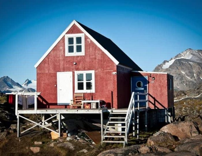 kulusuk-classic-daytour-east-greenland - Guide to Greenland (4)