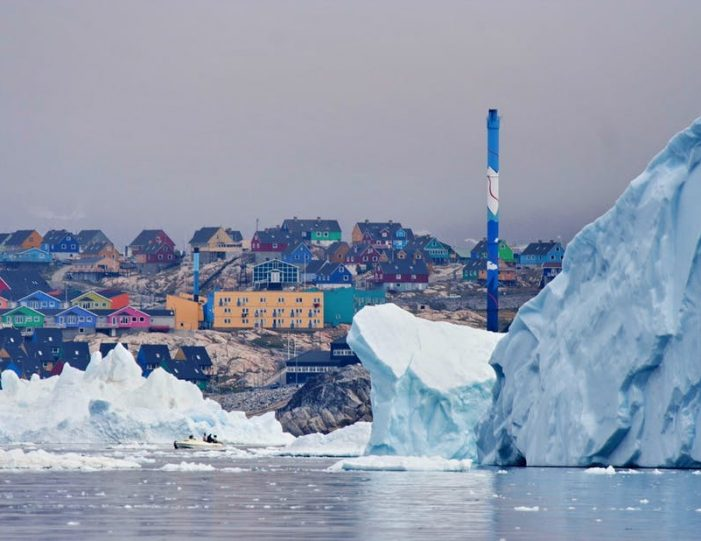 land-of-icebergs-disko-bay-Guide to Greenland17