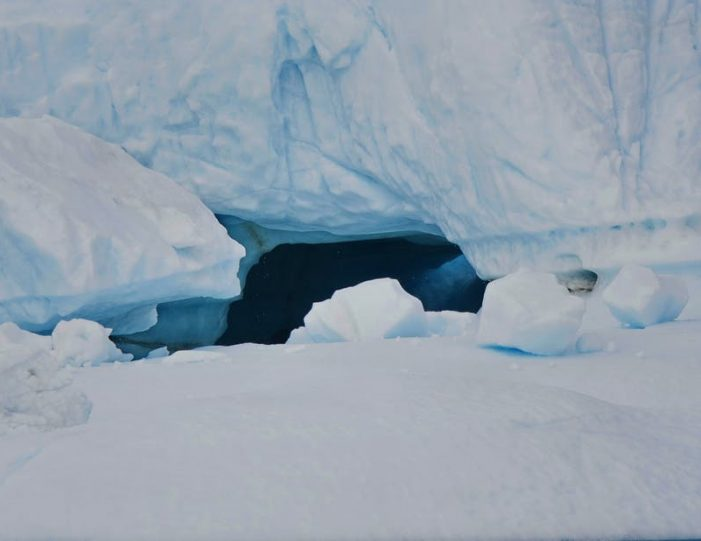 land-of-icebergs-disko-bay-Guide to Greenland6