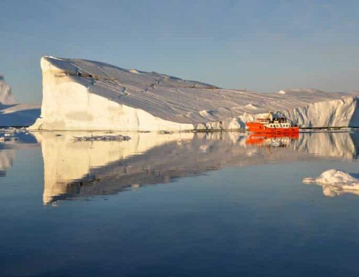 midnight-cruise-to-ilulissat-icefjord-ilulissat-disko-bay - Guide to Greenland (4)