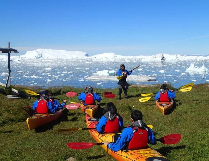 morning-kayak-among-icebergs-ilulissat-disko-bay - Guide to Greenland (5)
