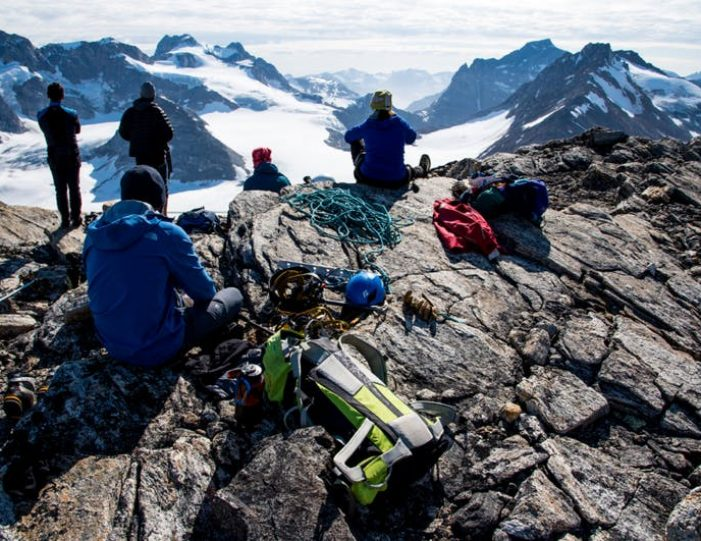 mountaineering-skills-course-east-greenland-Guide to Greenland7