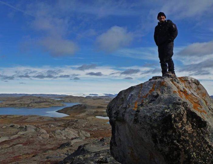 musk-ox-hike-kangerlussuaq-west-greenland-1 - Guide to Greenland (4)