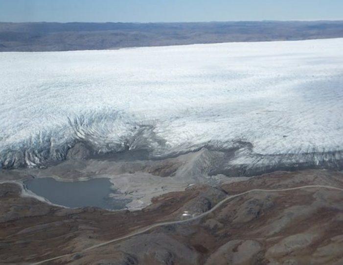 musk-ox-reindeer-ice-cap-tour-kangerlussuaq-6 - Guide to Greenland (1)