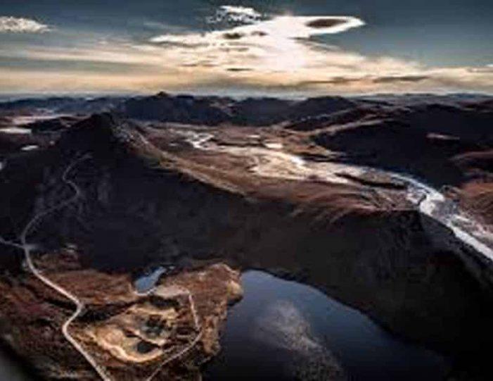 musk-ox-reindeer-ice-cap-tour-kangerlussuaq-6 - Guide to Greenland (9)