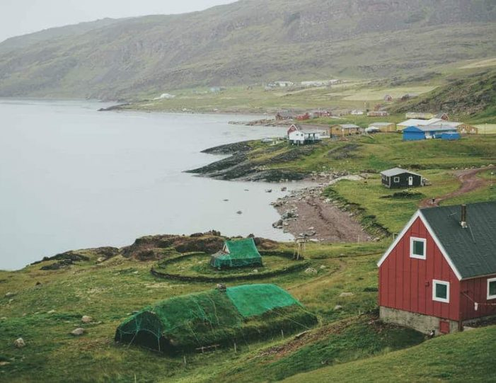 narsarsuaq-easy-package-south-greenland-Guide to Greenland7