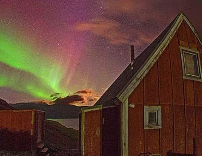 northern-lights-explorer-south-greenland-day-Guide to Greenland4