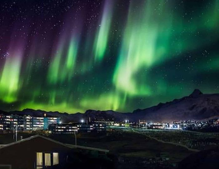 northern-lights-private-boat-tour-nuuk - Guide to Greenland2