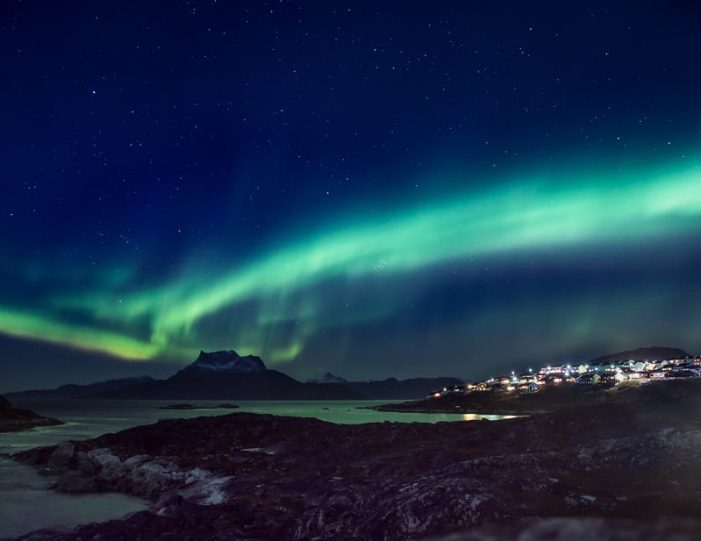 northern-lights-tour-3-day-vacation-package-nuuk-greenland-Guide to Greenland2