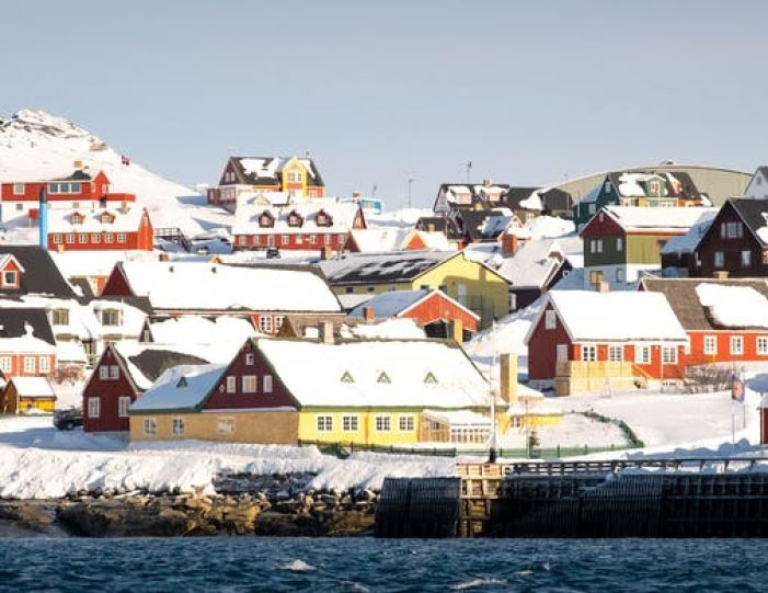 northern-lights-tour-3-day-vacation-package-nuuk-greenland-Guide to Greenland20