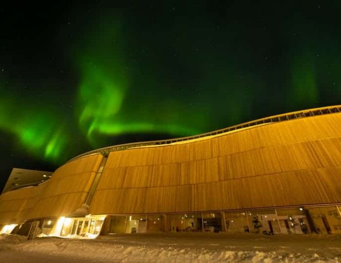 northern-lights-tour-3-day-vacation-package-nuuk-greenland-Guide to Greenland22