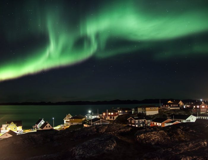 northern-lights-tour-3-day-vacation-package-nuuk-greenland-Guide to Greenland5