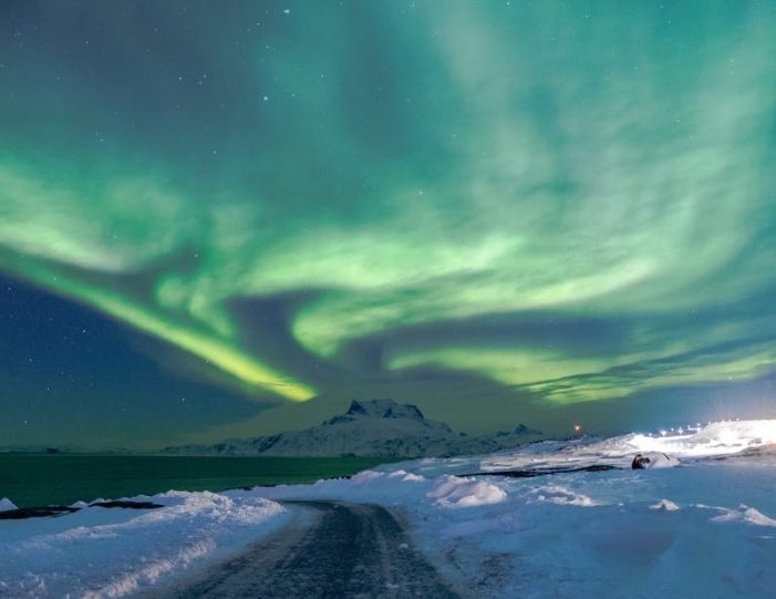 northern-lights-tour-3-day-vacation-package-nuuk-greenland-Guide to Greenland6