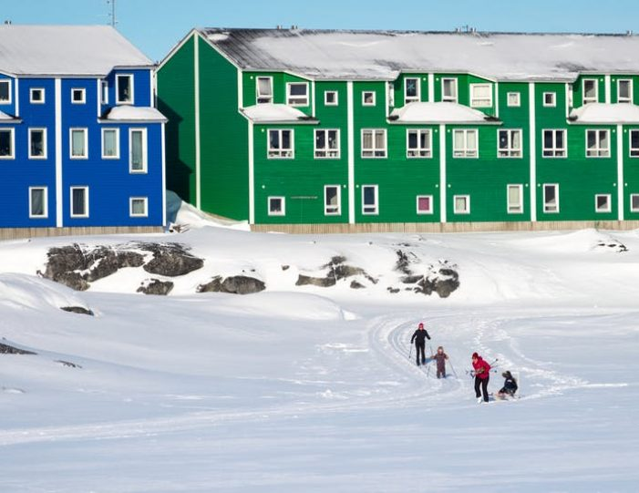 northern-lights-tour-3-day-vacation-package-nuuk-greenland-Guide to Greenland7