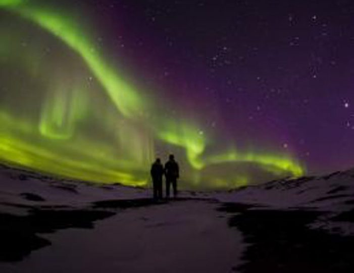 northern-lights-tour-kangerlussuaq-west-greenland - Guide to Greenland (1)