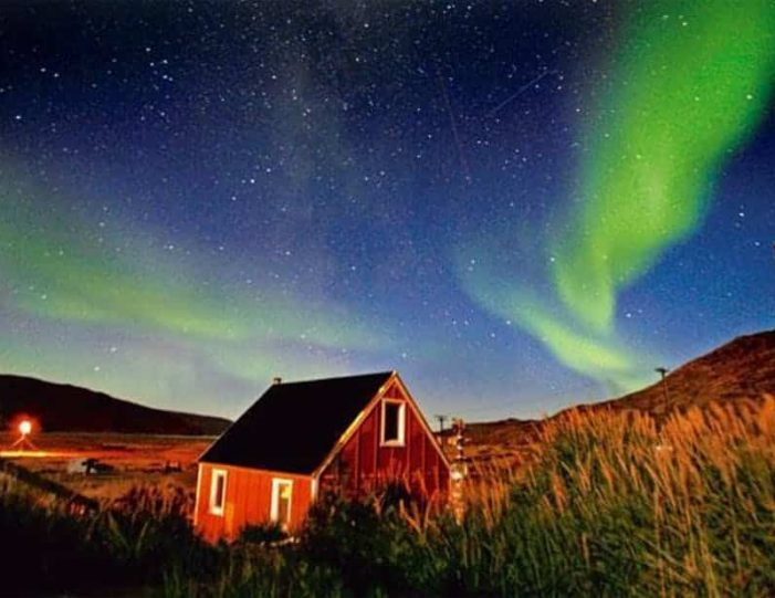 northern-lights-tour-kangerlussuaq-west-greenland - Guide to Greenland (10)