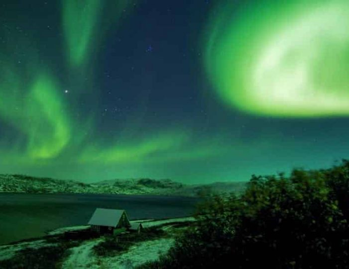 northern-lights-tour-kangerlussuaq-west-greenland - Guide to Greenland (17)