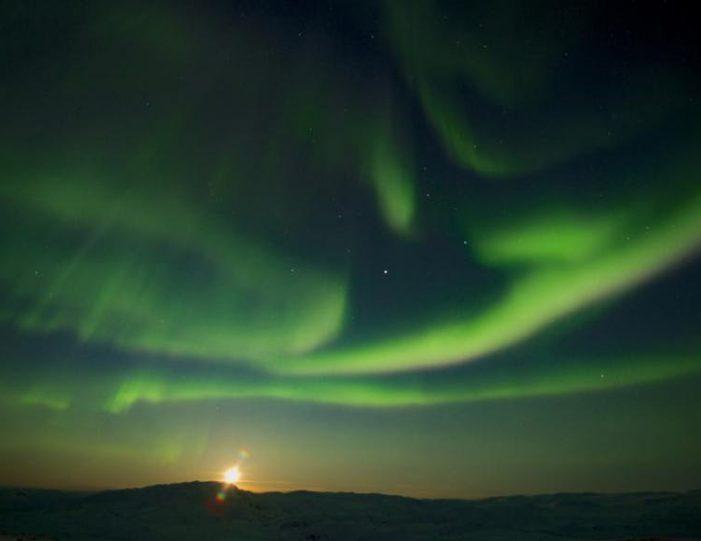 northern-lights-tour-kangerlussuaq-west-greenland - Guide to Greenland (7)