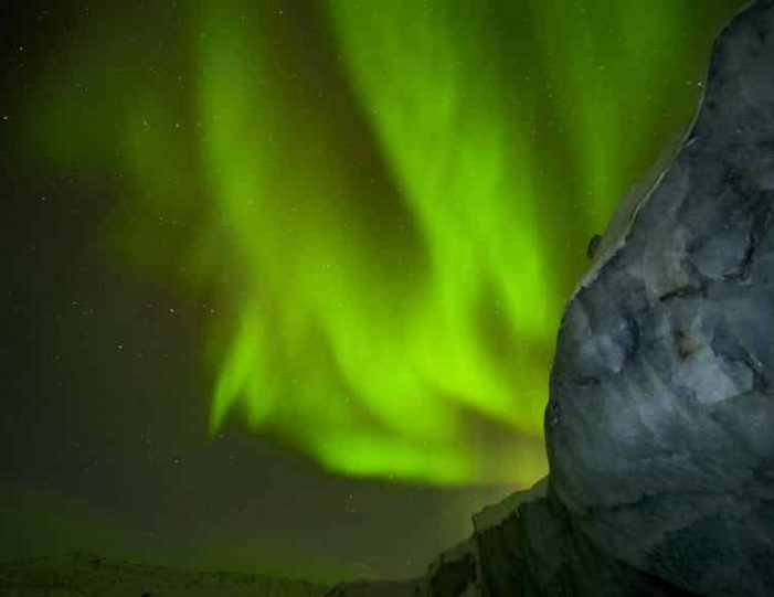 northern-lights-tour-kangerlussuaq-west-greenland - Guide to Greenland (8)