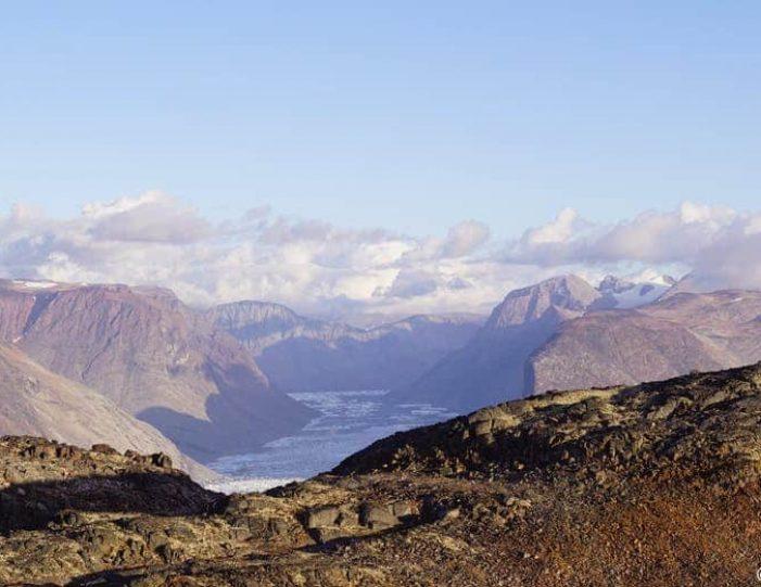 nunatak-glacier-expedition-10-days-Guide to Greenland11