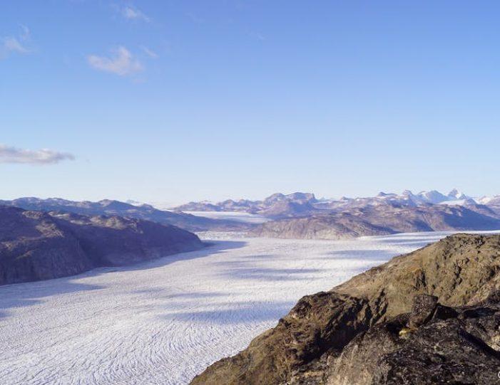 nunatak-glacier-expedition-10-days-Guide to Greenland6