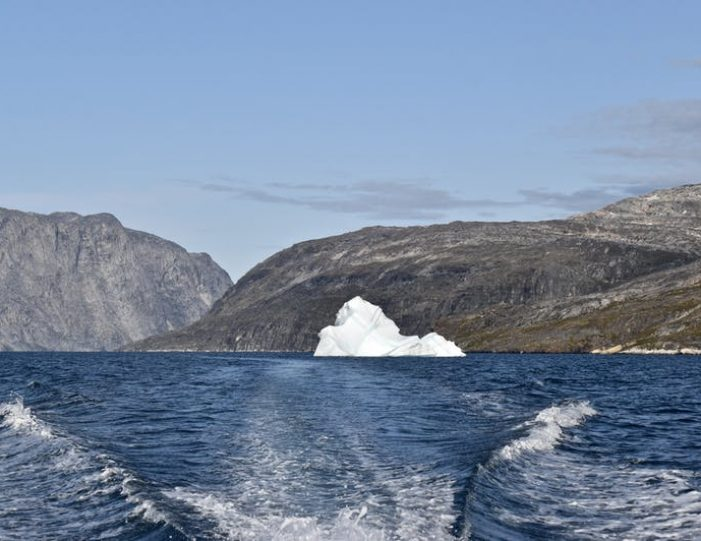 nuuk-fjord-discovery-nuuk - Guide to Greenland (7)
