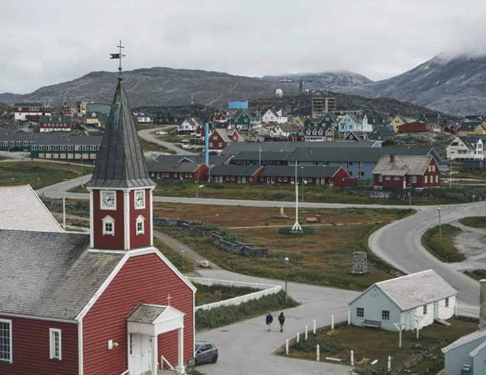 nuuk-ilulissat-and-disko-island-package-west-greenland-Guide to Greenland3