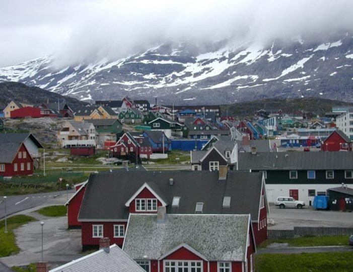 nuuk-the-worlds-smallest-capital-4-day-package-tour-from-iceland-to-greenland-day-Guide to Greenland14