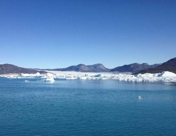 open-boat-glacier-expedition-nuuk-icefjord- Guide to Greenland8
