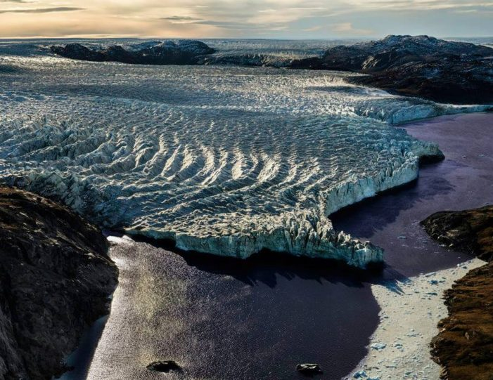 paradise-valley-ice-cap-tour-kangerlussuaq-Guide to Greenland6