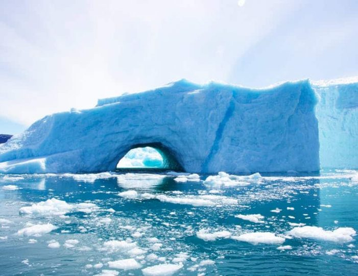 pay-by-the-hour-private-charter-boat-tour-nuuk - Guide to Greenland11