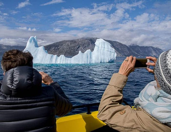 pay-by-the-hour-private-charter-boat-tour-nuuk - Guide to Greenland3