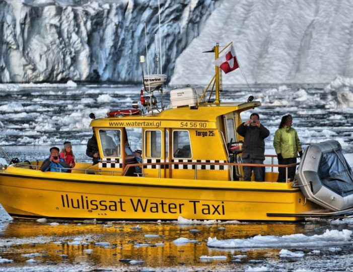 pay-by-the-hour-private-charter-ilulissat-disko-bay - Guide to Greenland1