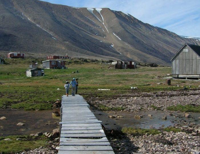 picturesque-settlement-qeqertarsuaq-qaanaaq - Guide to Greenland1