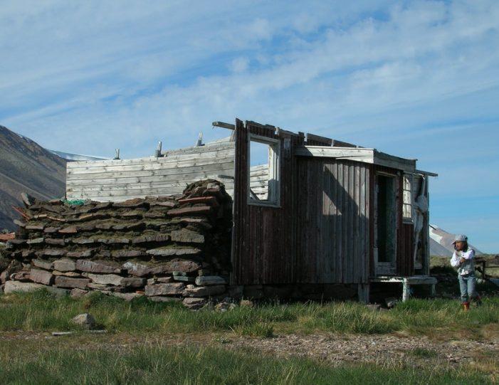 picturesque-settlement-qeqertarsuaq-qaanaaq - Guide to Greenland4