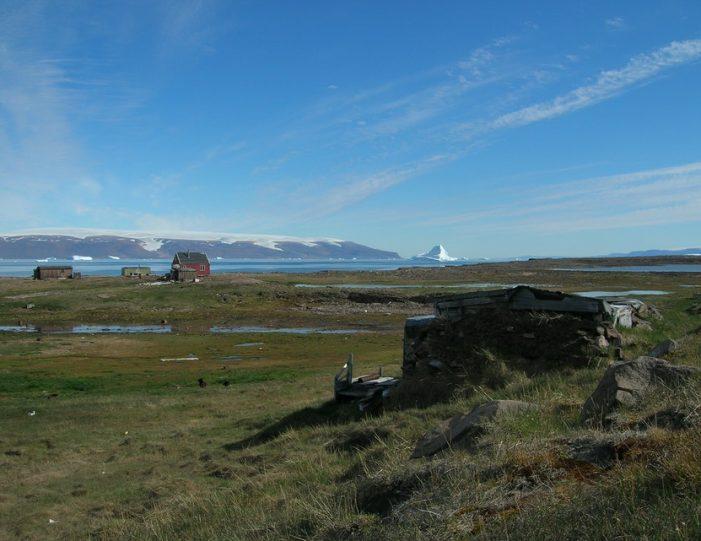 picturesque-settlement-qeqertarsuaq-qaanaaq - Guide to Greenland5