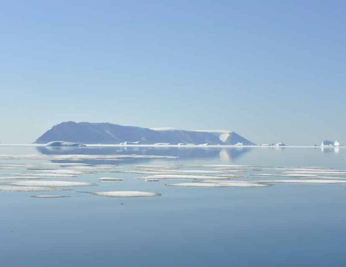 picturesque-settlement-qeqertarsuaq-qaanaaq - Guide to Greenland8
