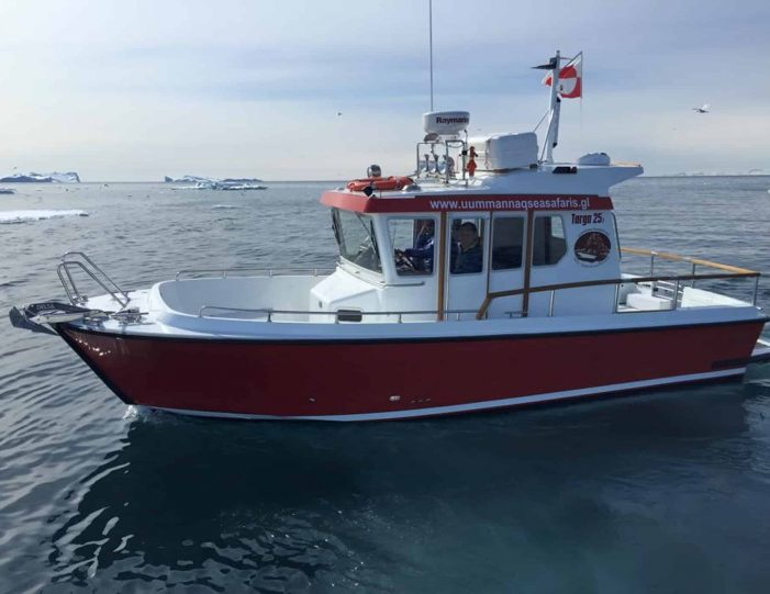 private-boat-charter-uummannaq-north-greenland-Guide to Greenland1