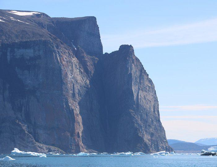 private-boat-charter-uummannaq-north-greenland-Guide to Greenland6