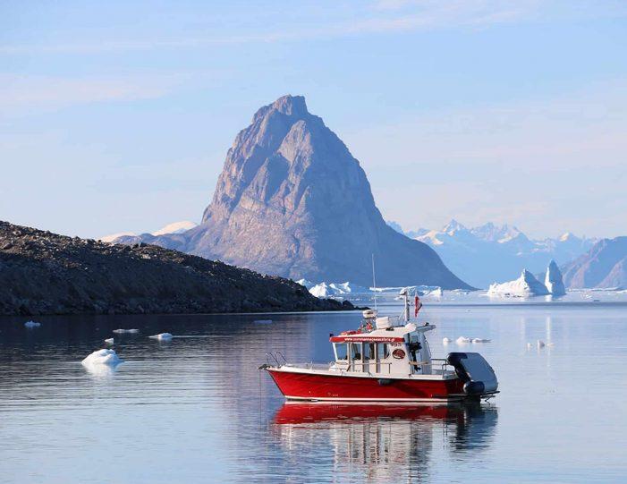 private-full-day-adventure-uummannaq-north-greenland-4