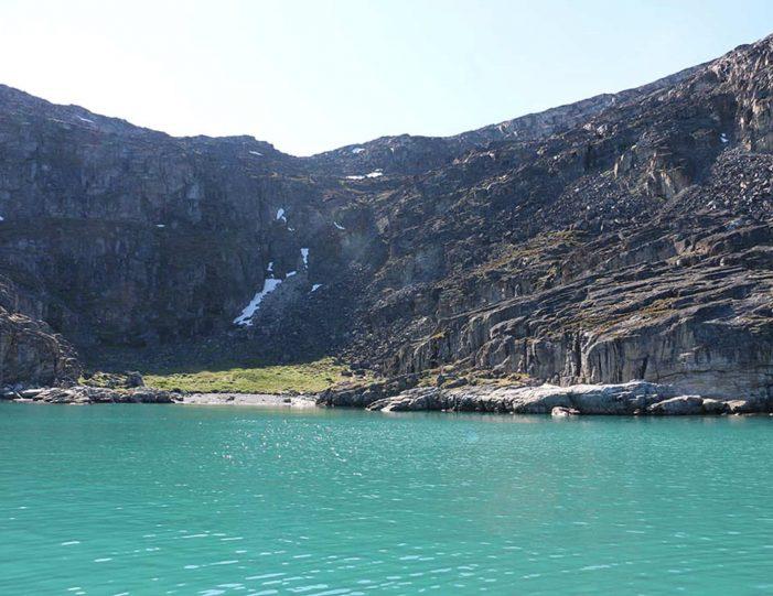 private-full-day-adventure-uummannaq-north-greenland-8