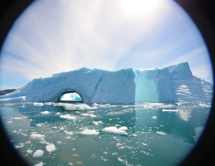 private-glacier-cruise-narsap-sermia-glacier-nuuk-Guide to Greenland14