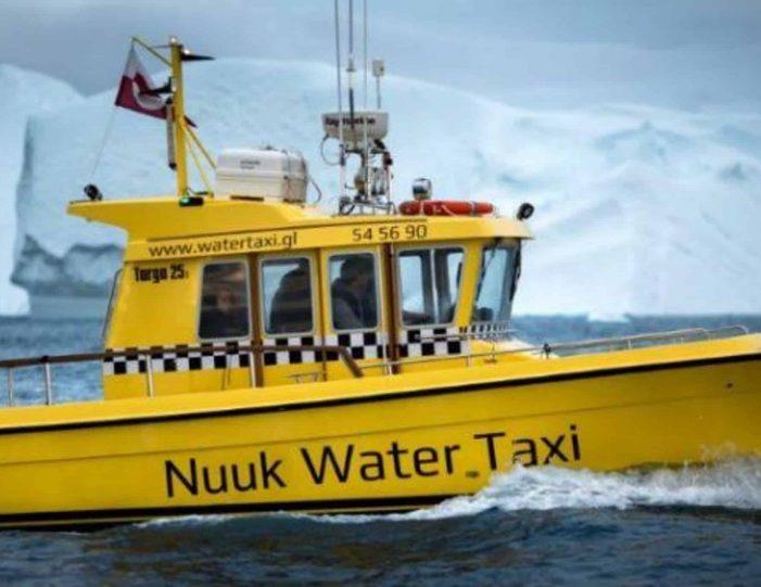 private-glacier-cruise-narsap-sermia-glacier-nuuk-Guide to Greenland9