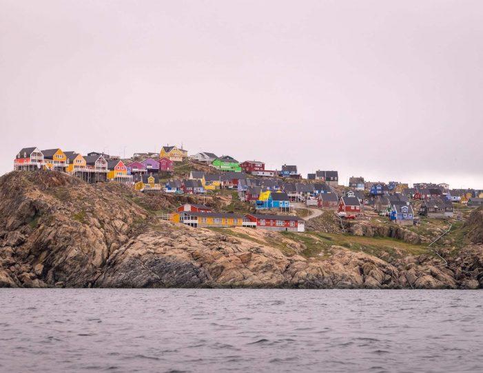 private-sea-safari-in-open-boat-sisimiut - Guide to Greenland2