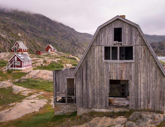 private-sea-safari-in-open-boat-sisimiut - Guide to Greenland8
