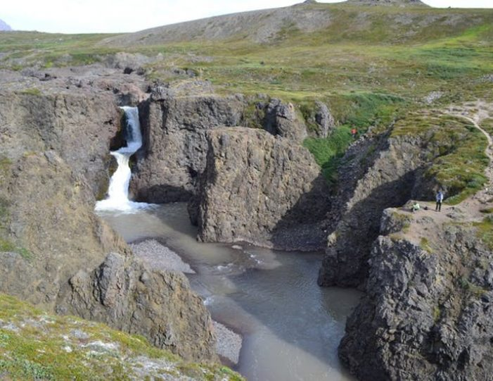 qorlortorsuaq-hike-qeqertarsuaq-disko-bay - Guide to Greenland1