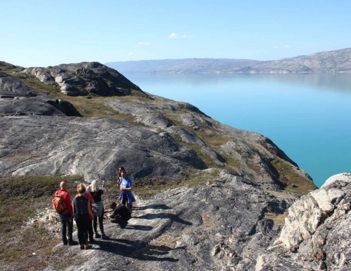 sailing-and-hiking-in-the-kangerlussuaq-fjord-west-greenland - Guide to Greenland2